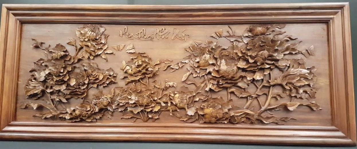 Tranh gỗ hoa mẫu đơn tám bông