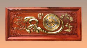 Tranh gỗ đồng hồ chữ Tâm - KT48x108
